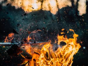 wood-explosion-fire-hot